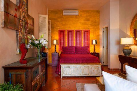 suites-02-rojo-3